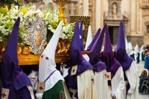 Feierliche Osterprozession auf Mallorca