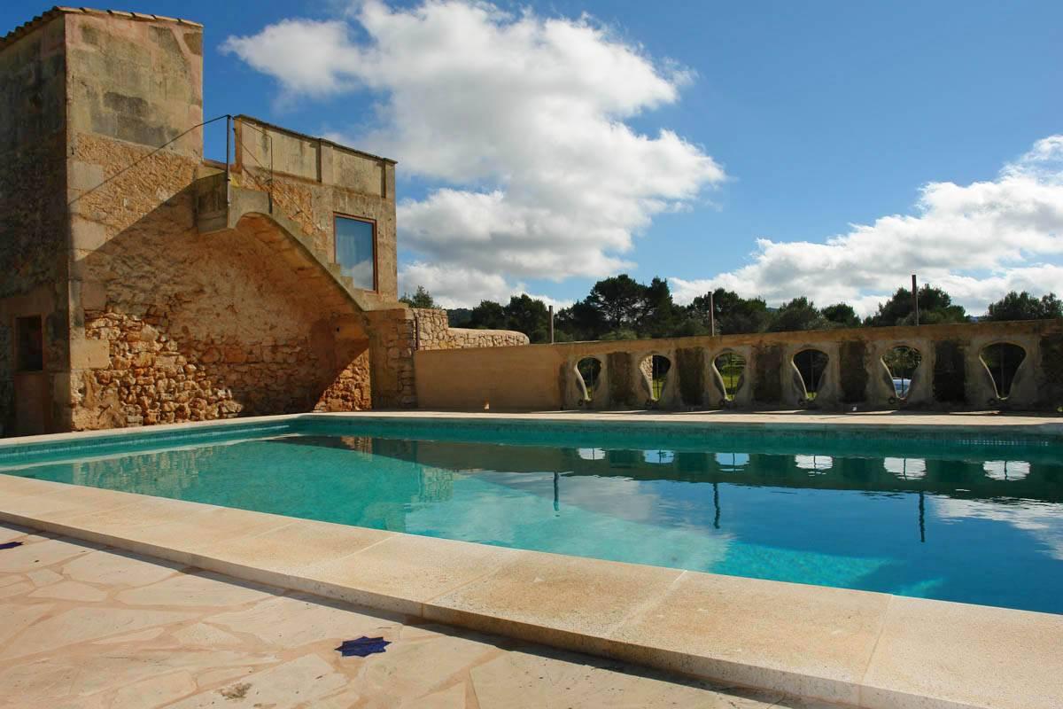 Luxus schlafzimmer mit pool  Finca Mallorca für 8 bis 24 Personen - Große Fincas mieten